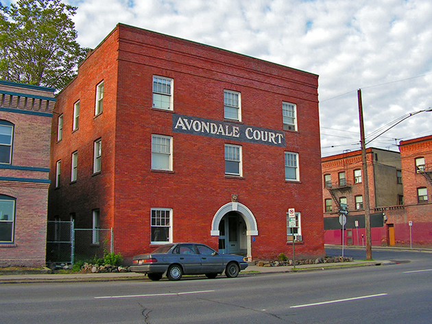 Avondale Court Apartments